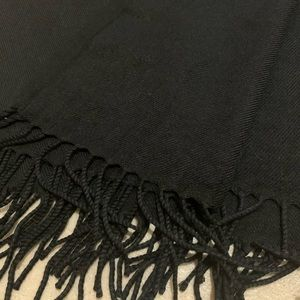 H&M Accessories - Silky smooth scarf